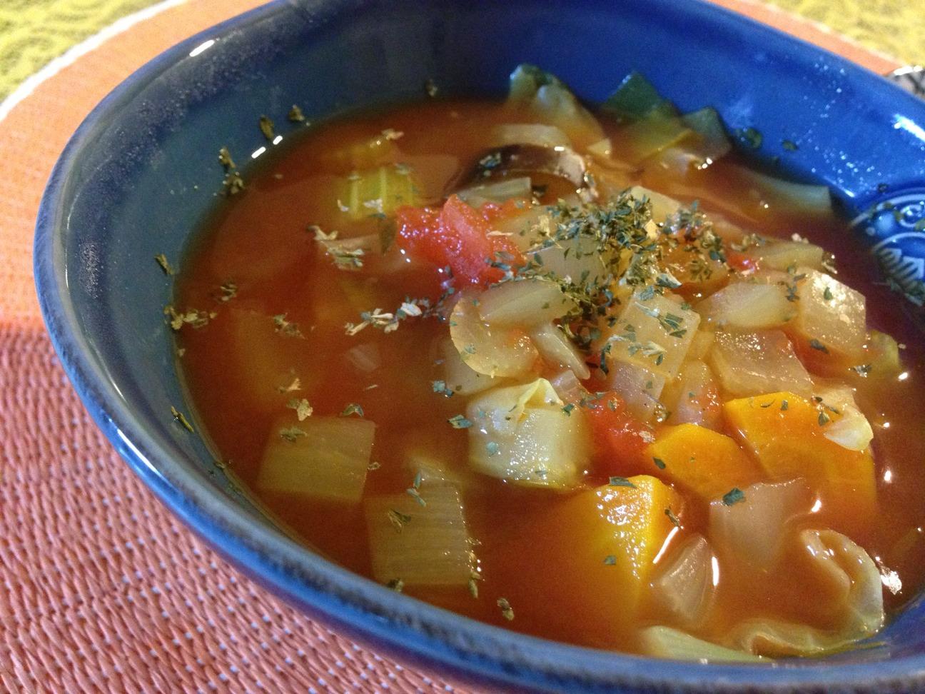 【レシピ】スパイスたっぷり!ダイエットにも効果的なトマトスープ。