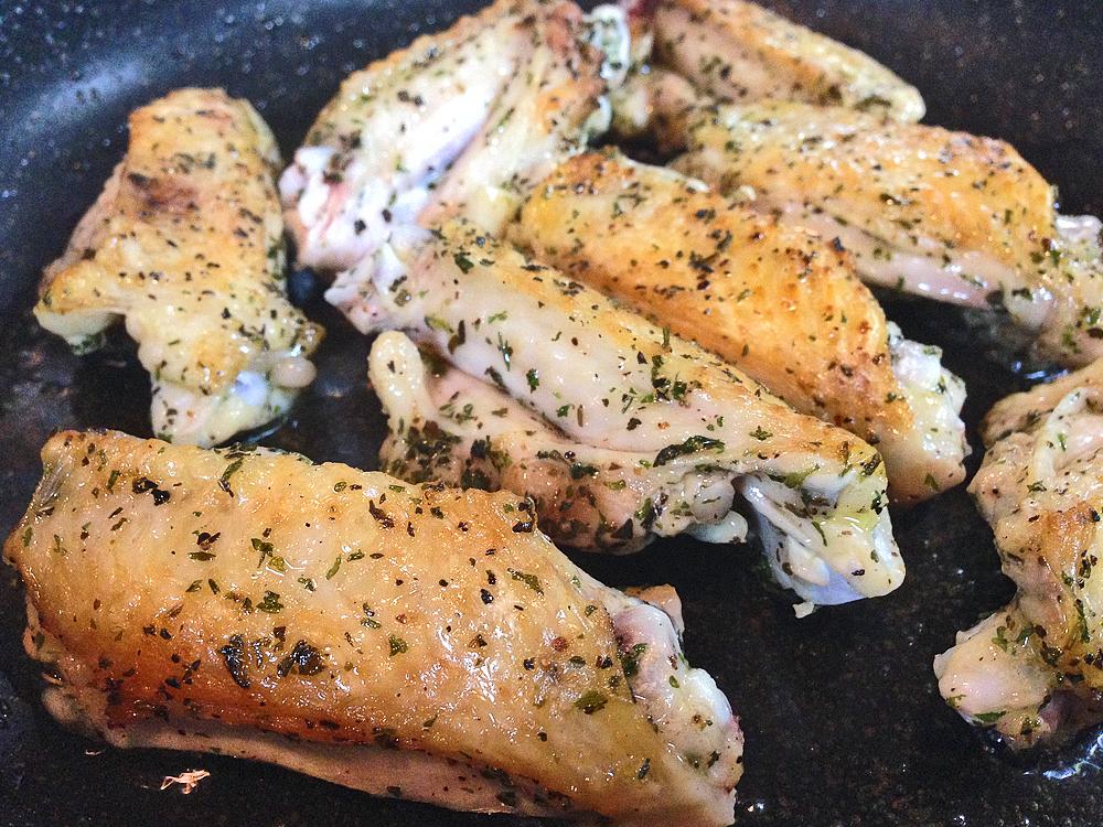 【レシピ】手羽中で作る鶏肉のハーブチキン
