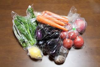 無人販売所で採れたての野菜を | 野菜生活始めました